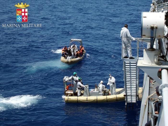 Nuova tragedia del mare: sono circa 70 i dispersi dopo naufragio$