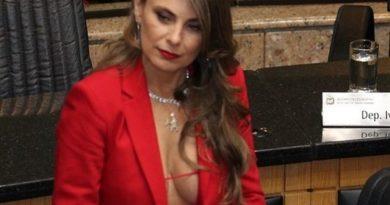 La sexy deputata che fa discutere il Brasile