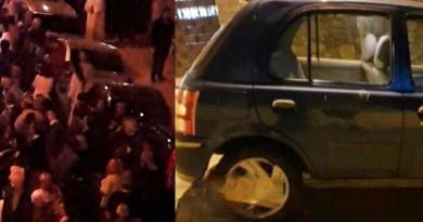 Auto tra la folla dirante processione, panico e paura: è caccia all'uomo [VIDEO]