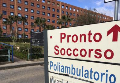 AGRIGENTO – Ospedale, non soddisfatto del trattamento riservato alla madre, racalmutese scatena il parapiglia: 4 feriti