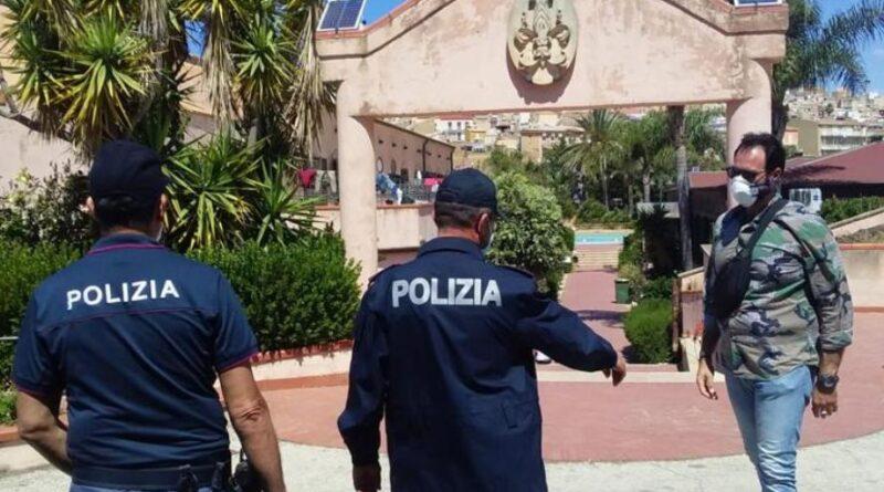 MIGRANTI – Poliziotti aggrediti a Siculiana, tunisino agli arresti domiciliari nel centro accoglienza