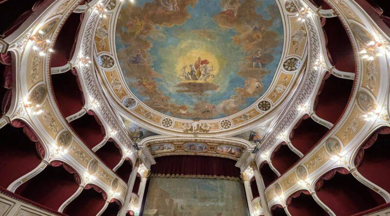 RACALMUTO – Via libera alla riapertura del Teatro Regina Margherita [FOTO]