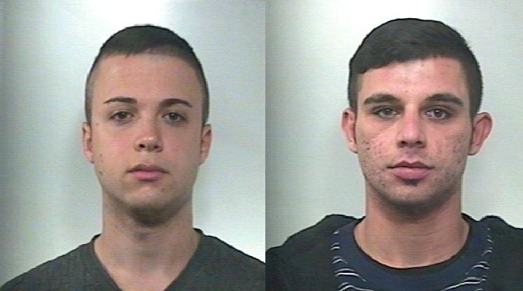 Sciacca due arresti per droga tele radio studio 98 for Arresti a poggiomarino per droga