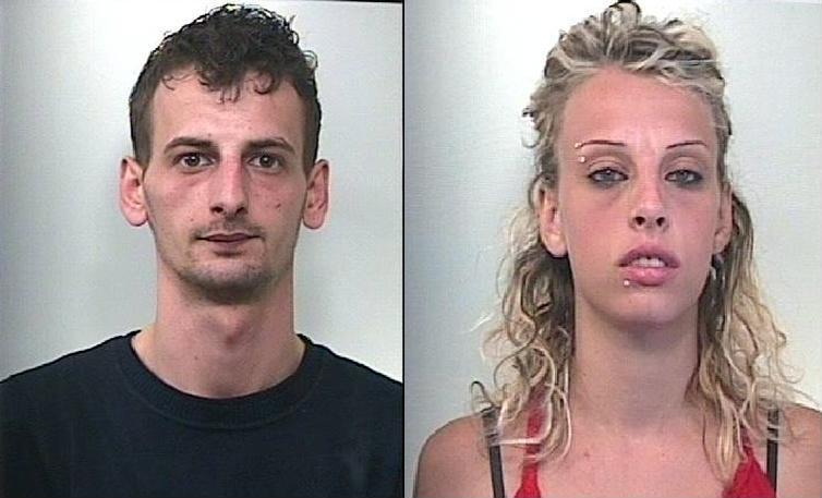 Sciacca coppia di coniugi arrestata per droga tele for Arresti a poggiomarino per droga
